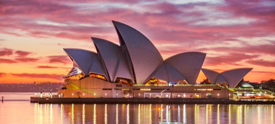 advantages of migrating to Australia